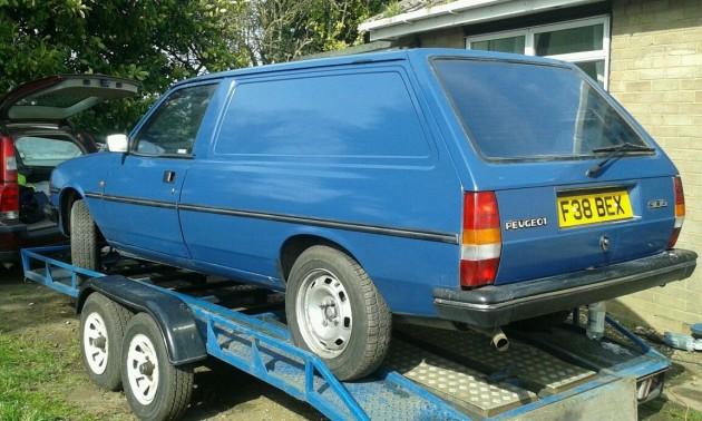 040916 Barn Finds - 19xx Peugeot 305 Van - 1
