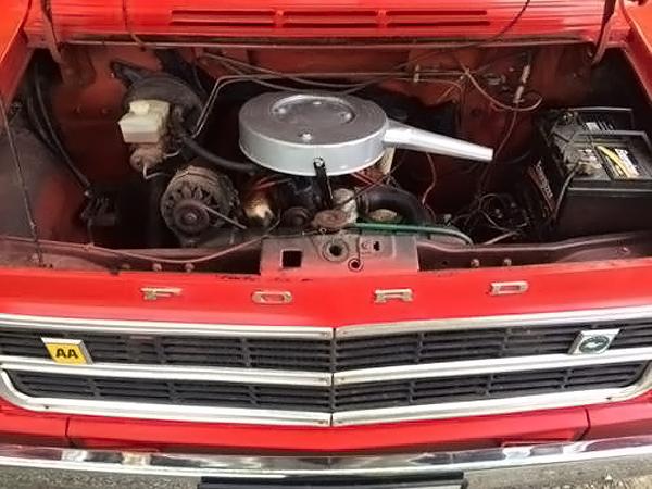 041016 Barn Finds - 1973 Ford Transit Mk1 Camper - 5