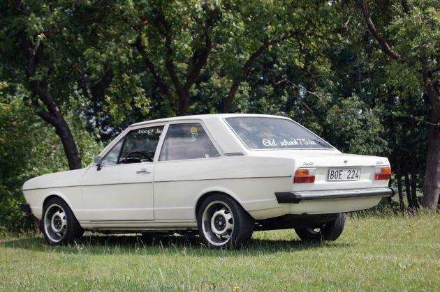 041516 Barn Finds - 1975 Audi 80L - 2