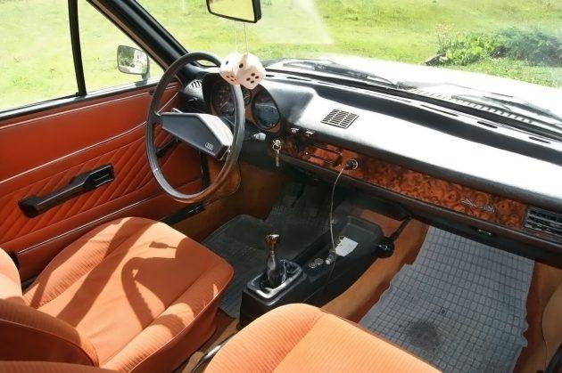 041516 Barn Finds - 1975 Audi 80L - 4