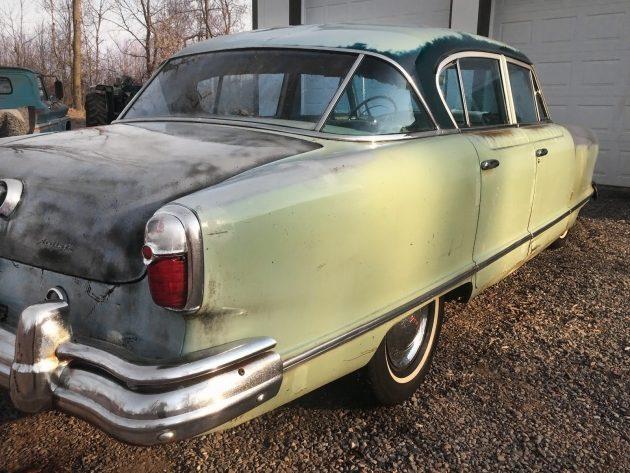 042116 Barn Finds - 1953 Nash Ambassador Airflyte - 4