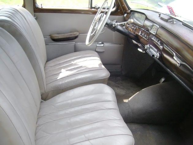 042616 Barn Finds - 1959 Mercedes-Benz 220S - 3