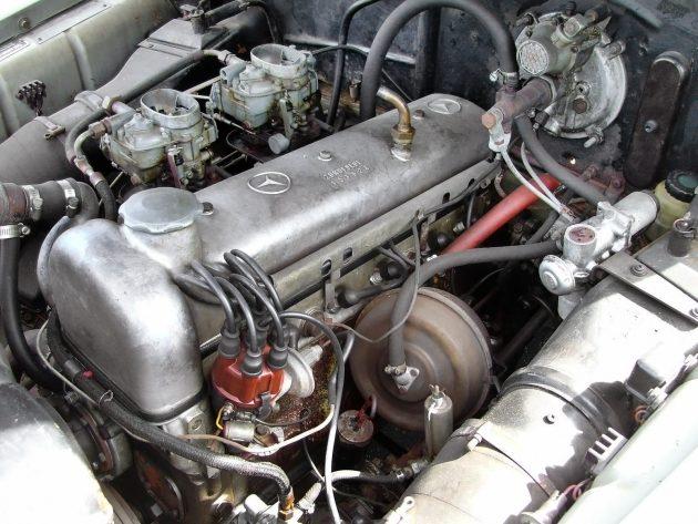 042616 Barn Finds - 1959 Mercedes-Benz 220S - 4