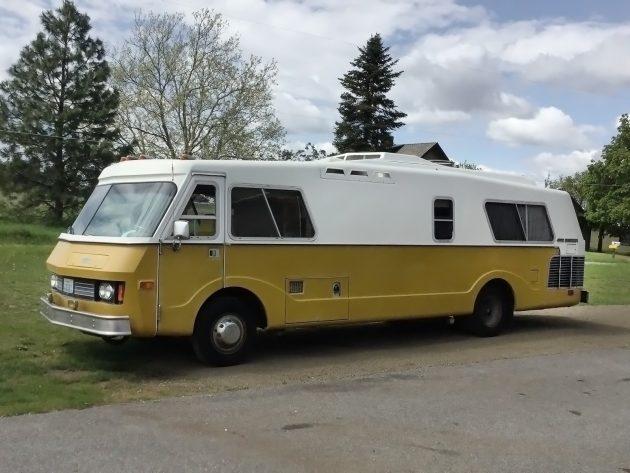 042716 Barn Finds - 1974 FMC Motorhome - 2