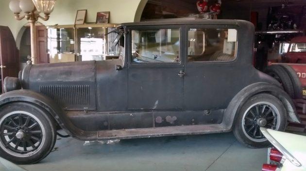 051116 Barn Finds - 1923 Cadillac Victoria - 2