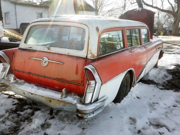 051616 Barn Finds - 1965 Oldsmobile 442 - 3