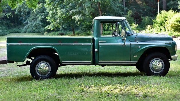 051616 Barn Finds - 1968 International 1200 pickup - 2