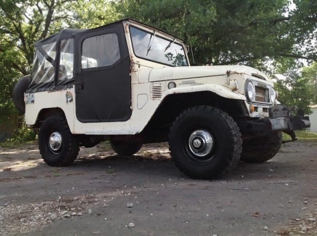 052416 Barn Finds - 1969 Toyota Land Cruiser FJ40 - 1