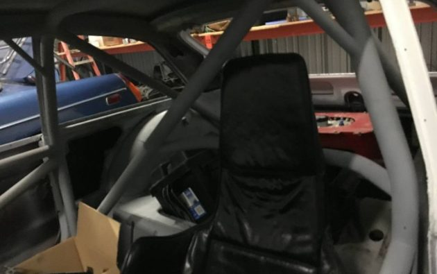MGB GT Roll Cage