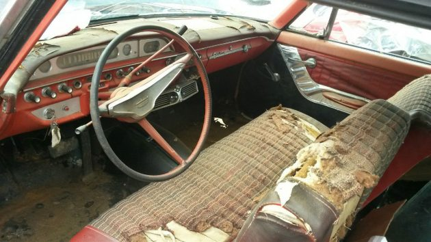 060716 Barn Finds - 1960 Ford Galaxie Starliner - 3