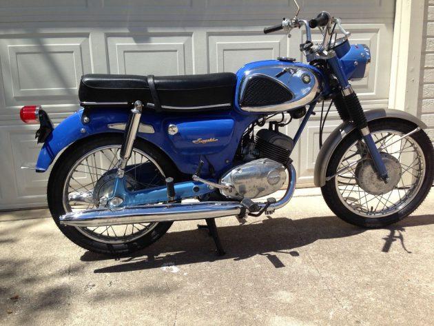 061016 Barn Finds - 1966 Suzuki S32 2 - 2
