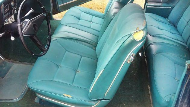 061016 Barn Finds - 1967 Oldsmobile Toronado - 3