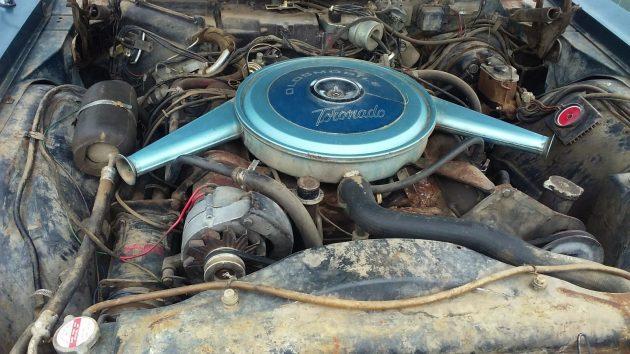 061016 Barn Finds - 1967 Oldsmobile Toronado - 4
