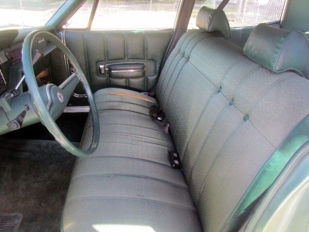 061716 Barn Finds - 1972 AMC Ambassador - 4
