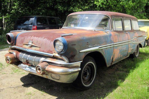 1957 Pontiac Chieftain Wagon