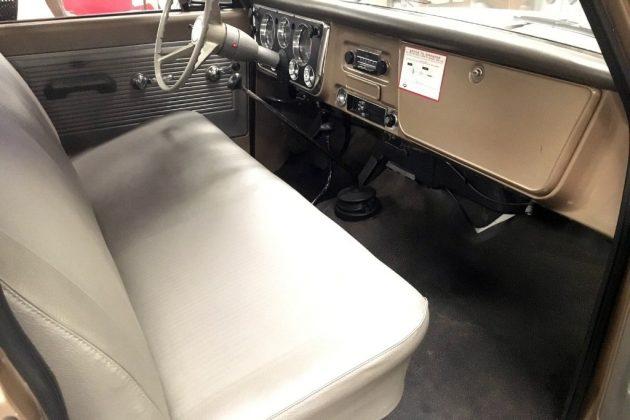 1968 Chevy K10 Interior