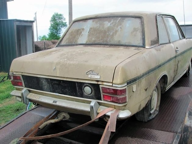 092516-barn-finds-1969-ford-cortina-gt-2