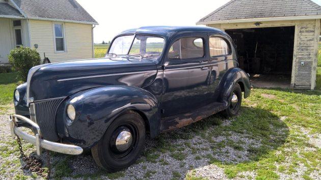 1940-ford-2-door