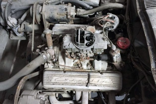 1965-corvette-engine