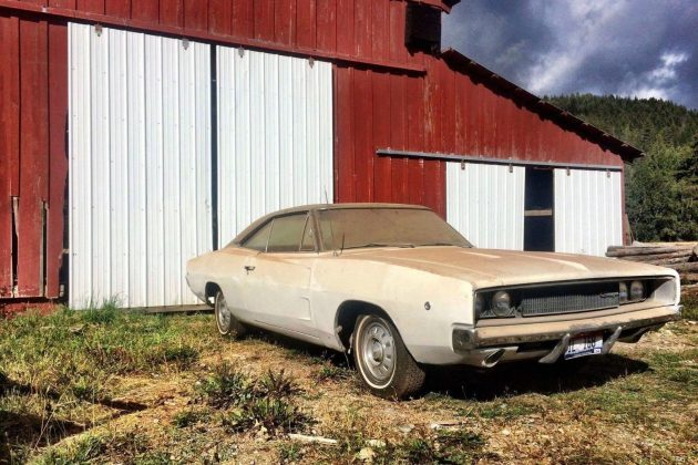 1968-dodge-charger-barn-find
