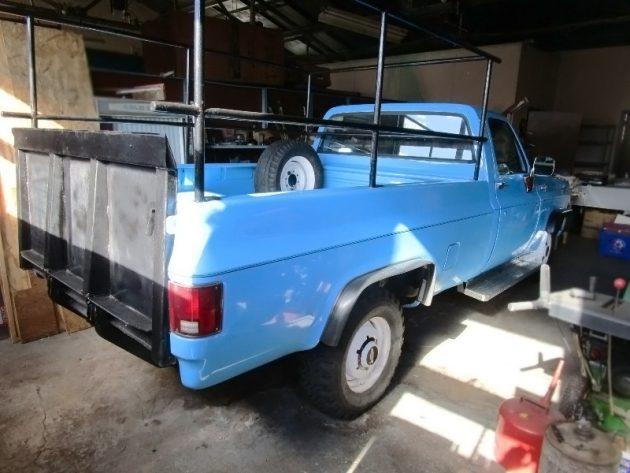 100116-barn-finds-1973-chevrolet-c30-pickup-2