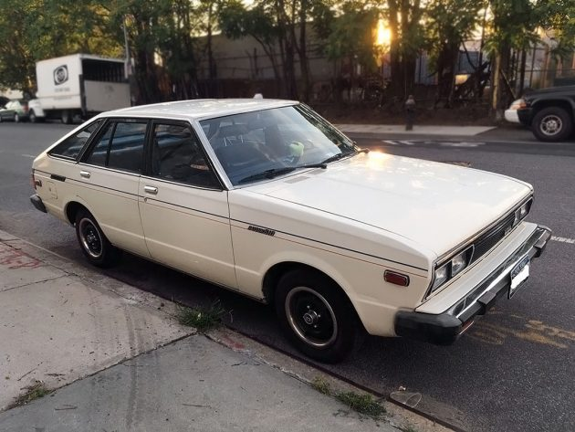 100116-barn-finds-1980-datsun-510-hatchback-1