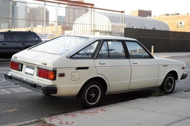 100116-barn-finds-1980-datsun-510-hatchback-2