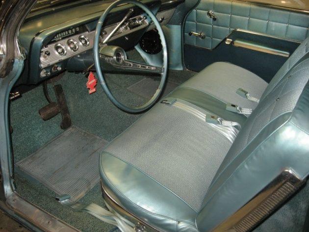 100616-barn-finds-1962-chevrolet-impala-4