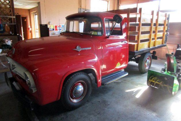 1956-ford-f250-stake-side