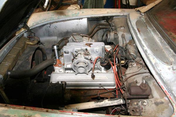 1957-corvette-fuelie-engine