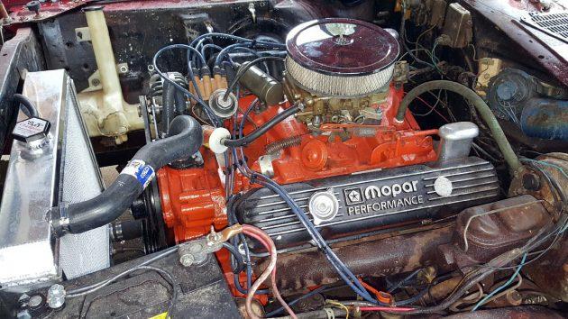 1972-plymouth-cuda-engine