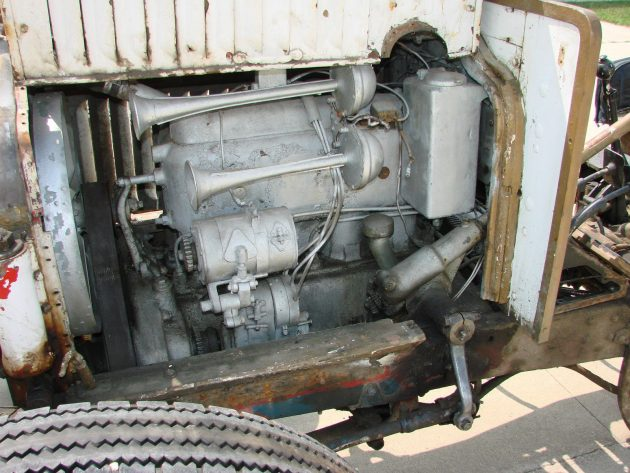 engine-left