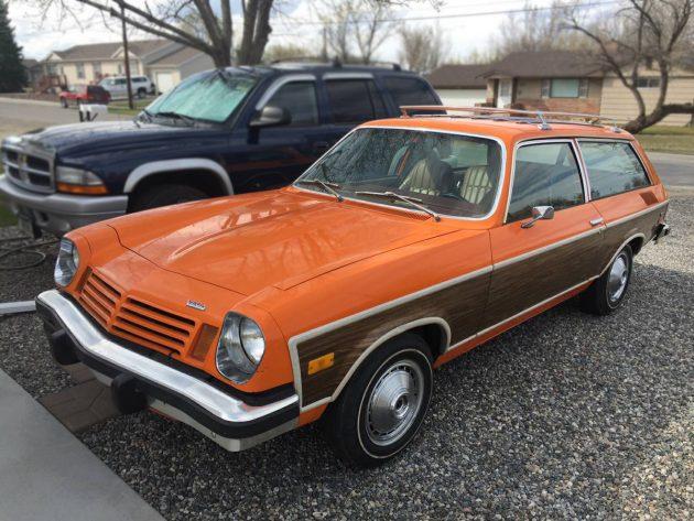 110616-barn-finds-1974-chevrolet-vega-wagon-1