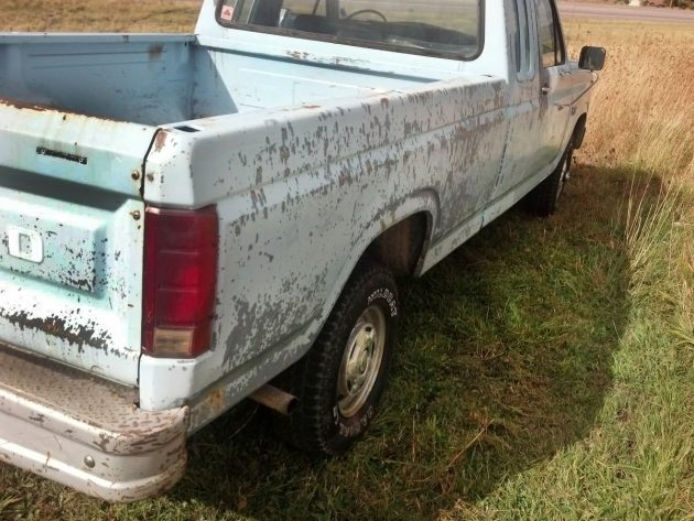 110716-barn-finds-1986-ford-f150-4x4-2