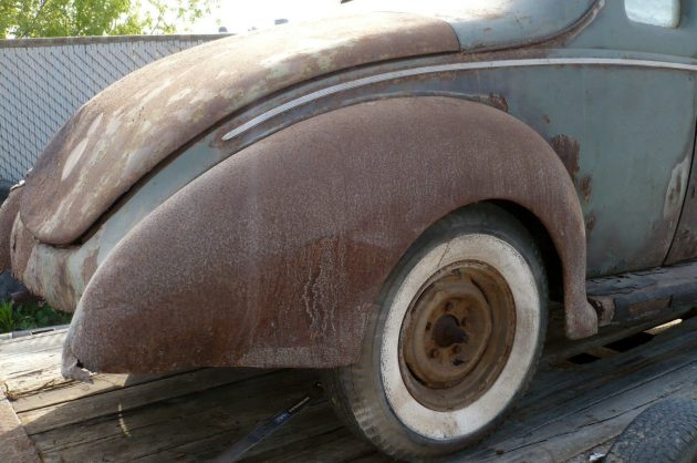 1940-ford-coupe-rear-fenders