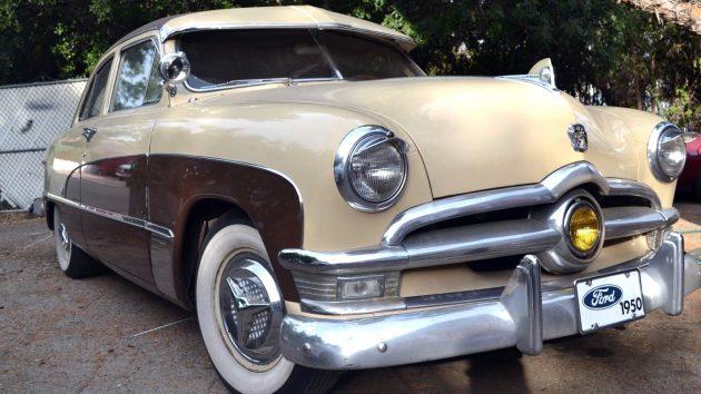 1950-ford-crestliner