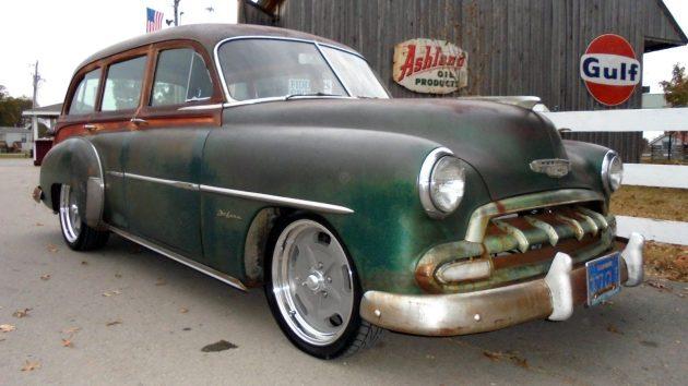 1952-chevrolet-tin-woody