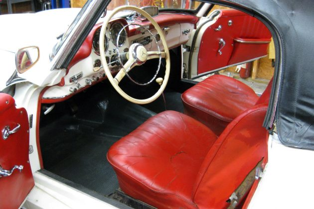 1960-mercedes-190sl-interior