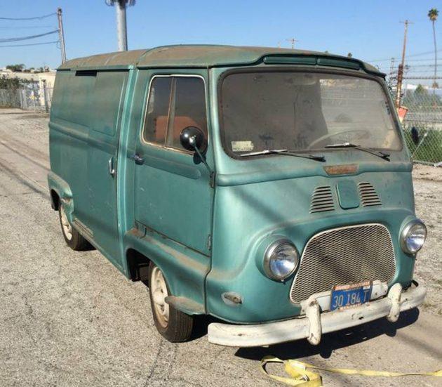 Présentation Multicam et son 1960 Petit Panel 012817-Barn-Finds-1960-Renault-Petite-Panel-Van-1-630x551
