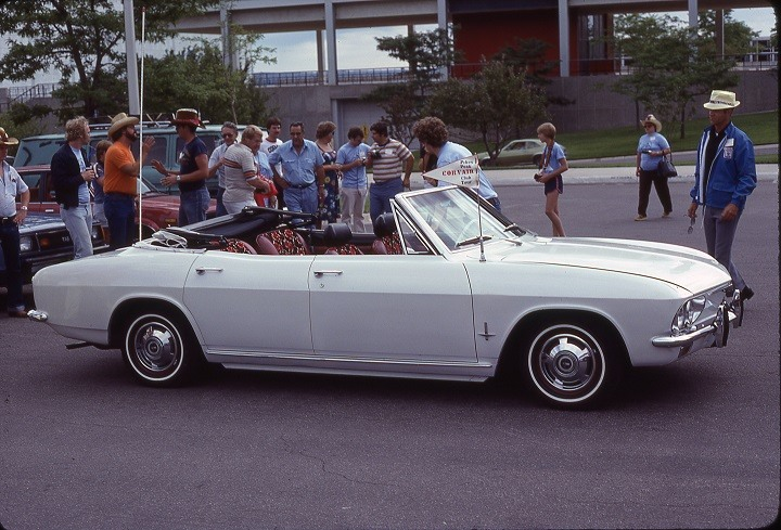 Just Wow  1965 Chevrolet Corvair 4