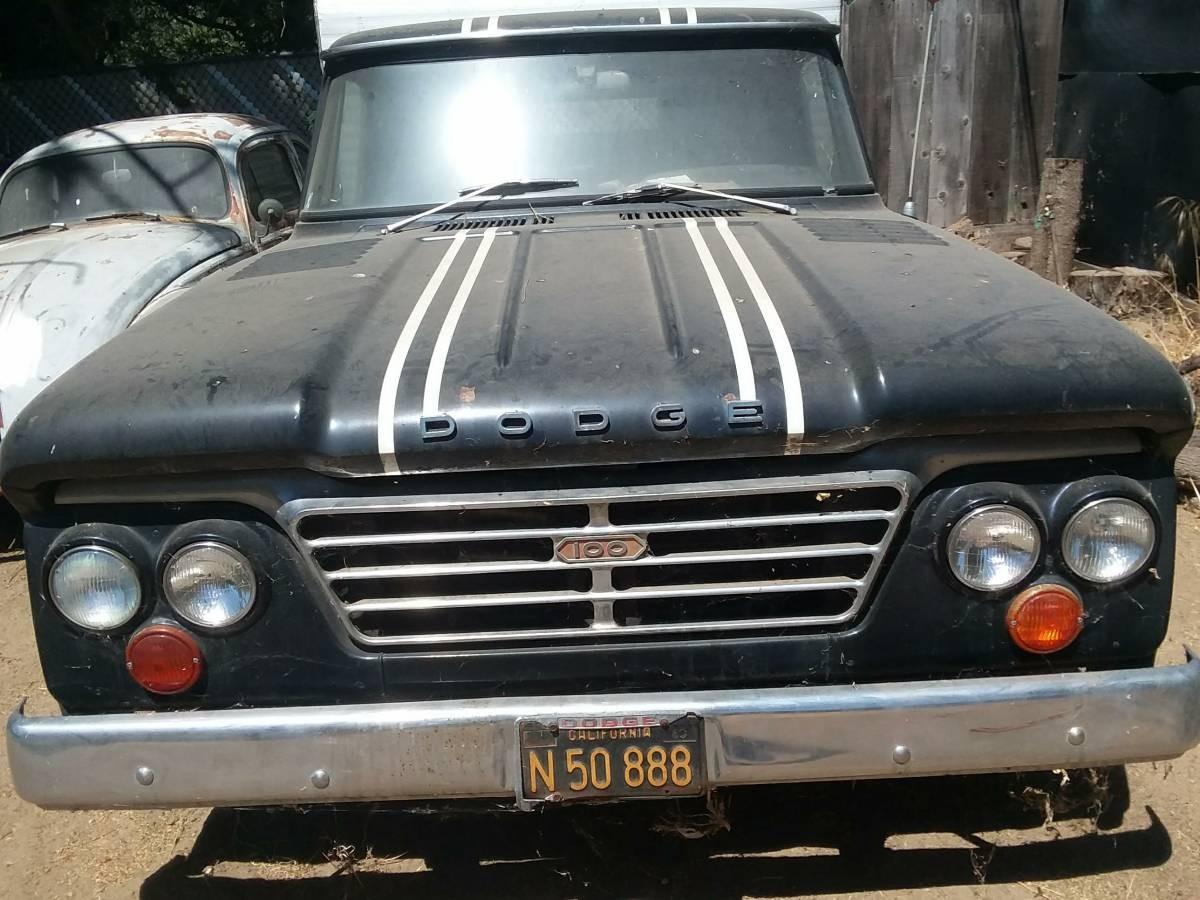 Sporty Hauler: 1964 Dodge D100 CSS