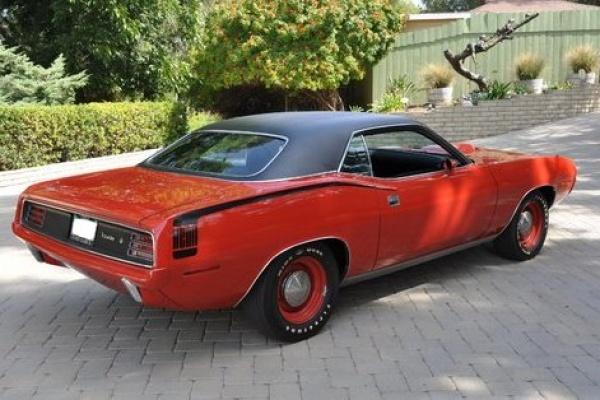 Original-1970-Hemi-Cuda-rear