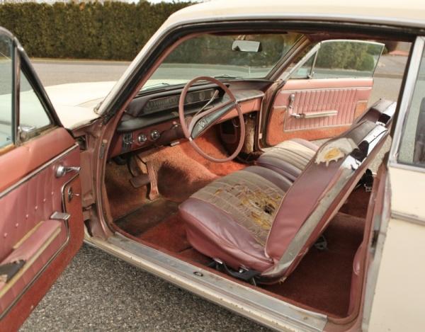 barn-bird-1963-buick-skylark-interior
