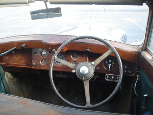 farm-rolls-1949-rolls-royce-silver-wraith-interior