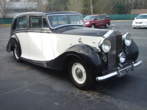 farm-rolls-1949-rolls-royce-silver-wraith